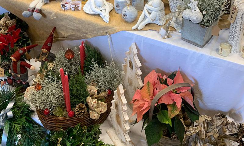 Christmas Fair 2021 15 Wreaths North Wootton Village Market Village Hall Kings Lynn Norfolk Craft Fair Real Christmas Tree Sale